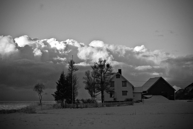 Black and white picture of rural scenery in Northern Norway