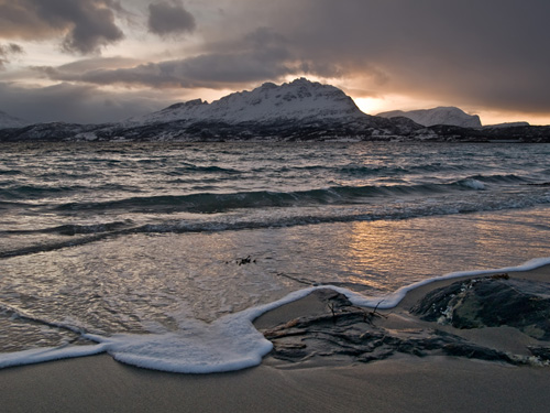 Picture from the beach - First sunlight in Northern Norway this year