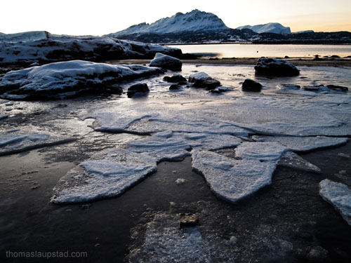 Picture of ice on the coast - Midwinter in Northern Norway