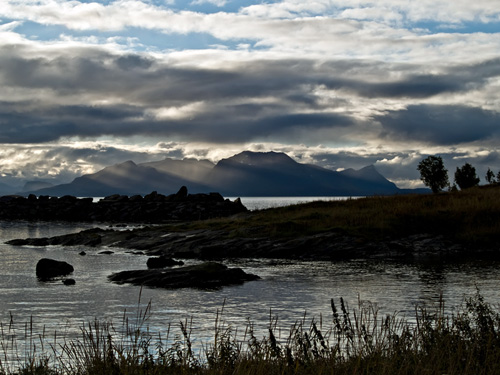 Photo of coastal landscape in northern Norway