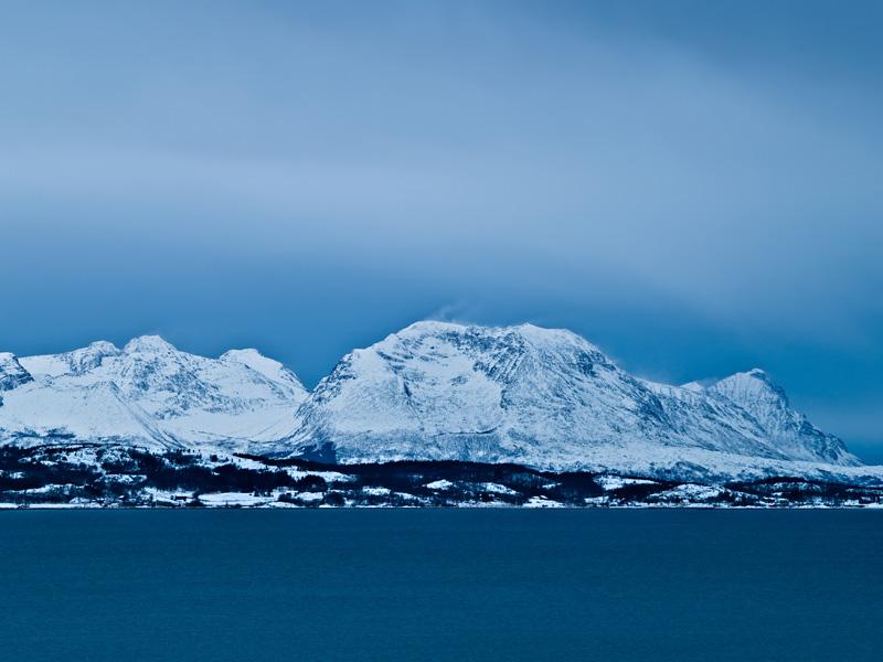 Роскошные пейзажи Норвегии - Страница 4 Winter_mountains_800